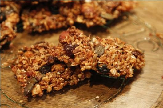 crunchy granola bikkies