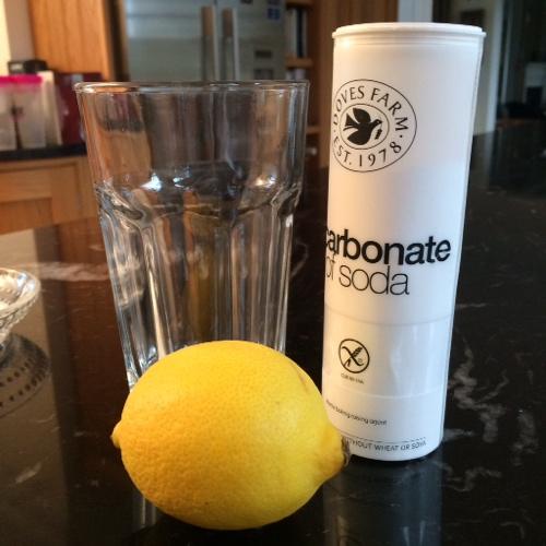 Lemon__bicarb_drink.JPG